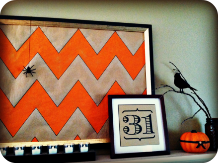 chevron Halloween mantle 3